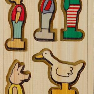 شخصیتهای چوبی مجموعه کتابهای قورباغهها