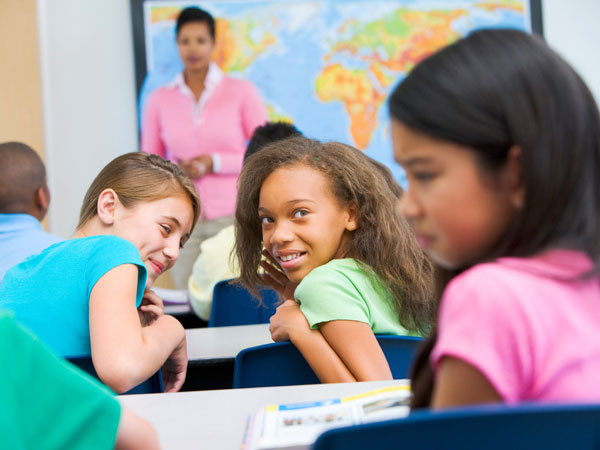 دلایل حسادت کودکان و راههای مقابله با آن
