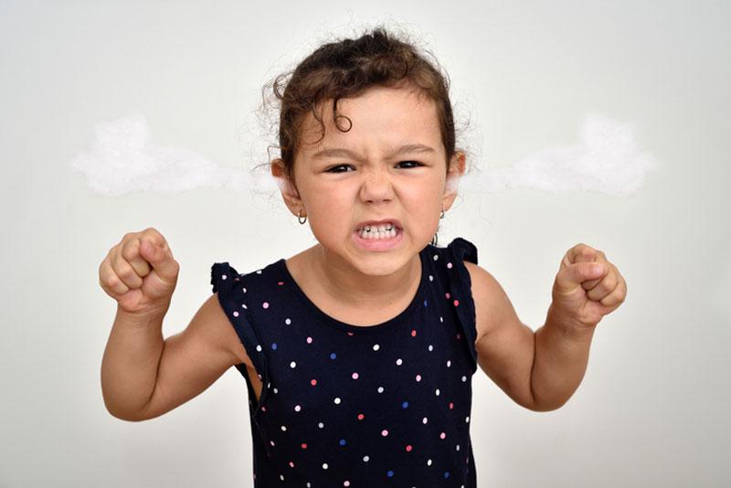 نشانه های خشم در کودکان چیست؟