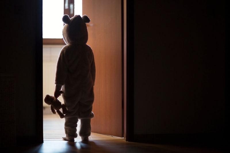 راهکارهایی برای کاهش ترس از تاریکی در کودکان
