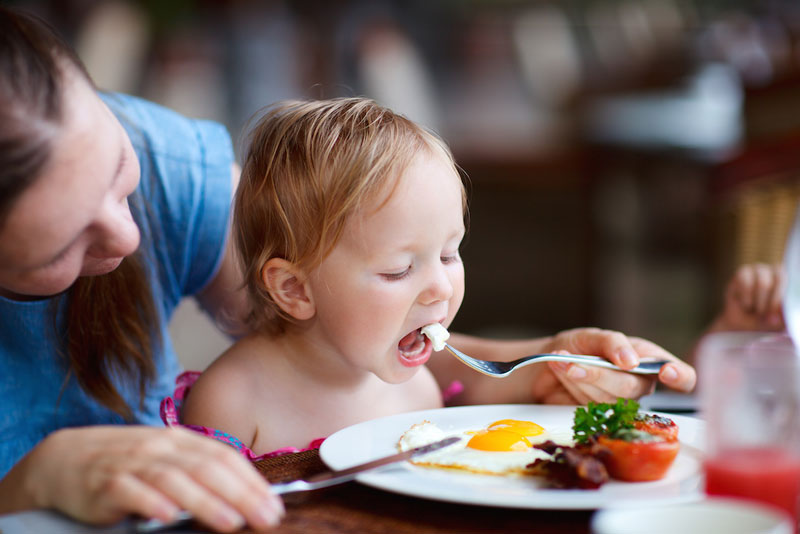 تغذیه سالم کودکان در سنین مختلف