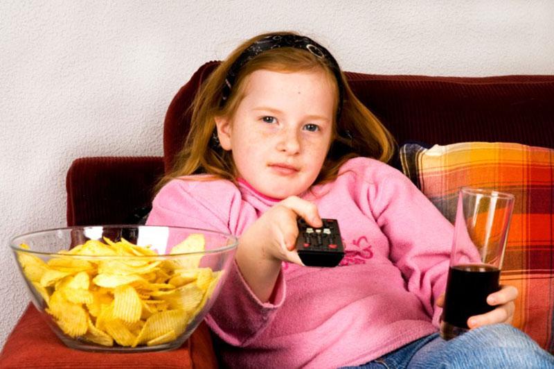کودک بدغذا و چیپس