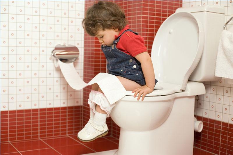 مشکلات آموزش توالت رفتن به کودکان