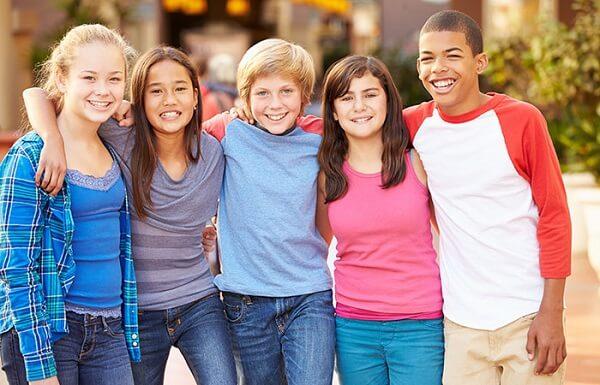 عکس دسته جمعی نوجوانان