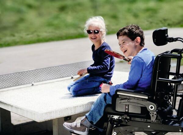 زندگی با کودک معلول